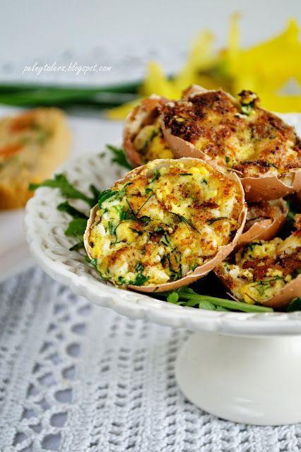 Jaja faszerowane w skorupkach podsmażane na maśle  (Stuffed eggs in shells)