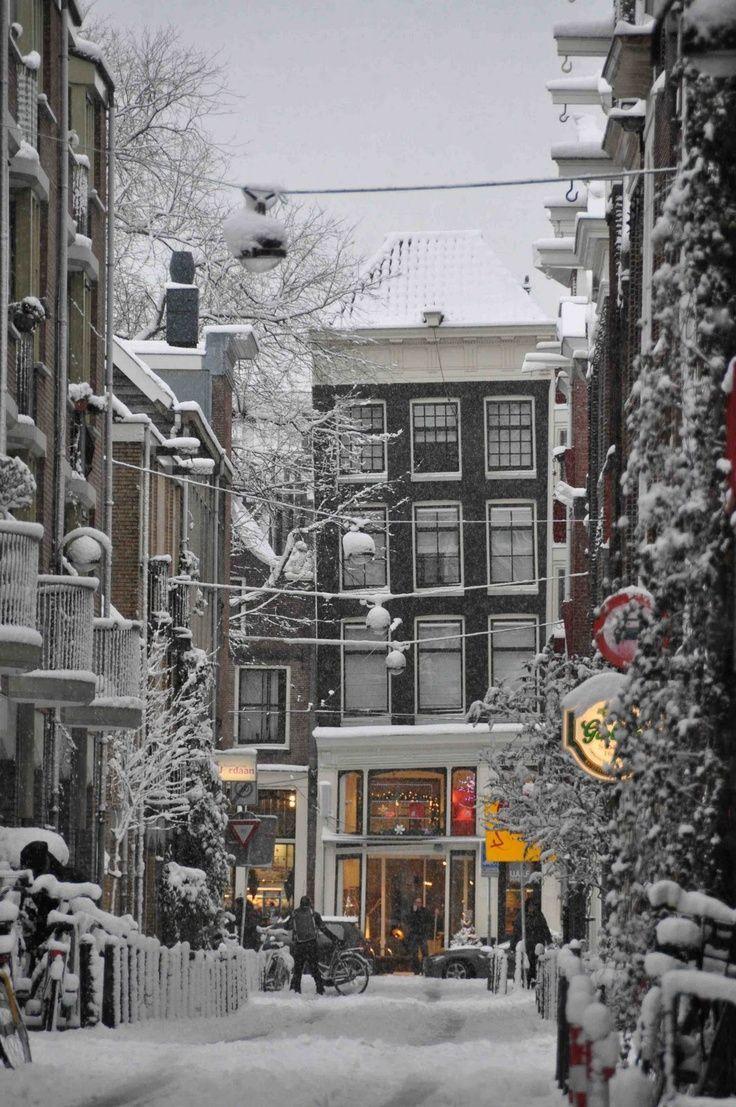 Narrow side street in snowy Amsterdam, Netherlands