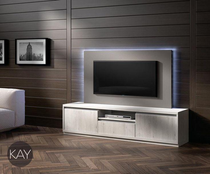 Con las puertas batientes y los cajones podemos tener un Mueble TV muy funcional para el día a día