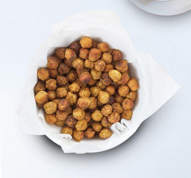 Asda Good Living | Crispy pecorino, garlic and rosemary chickpeas