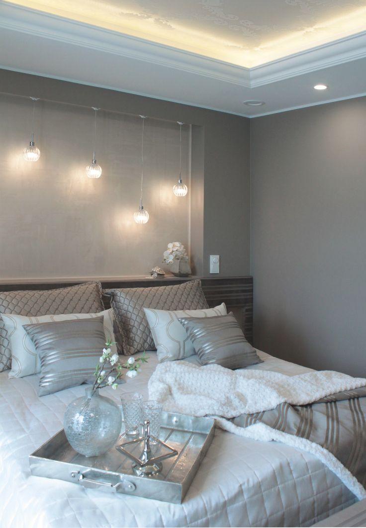 Kuva makuuhuoneesta kohteesta Villa Tango. Makuuhuoneen sisustuspinnoissa…