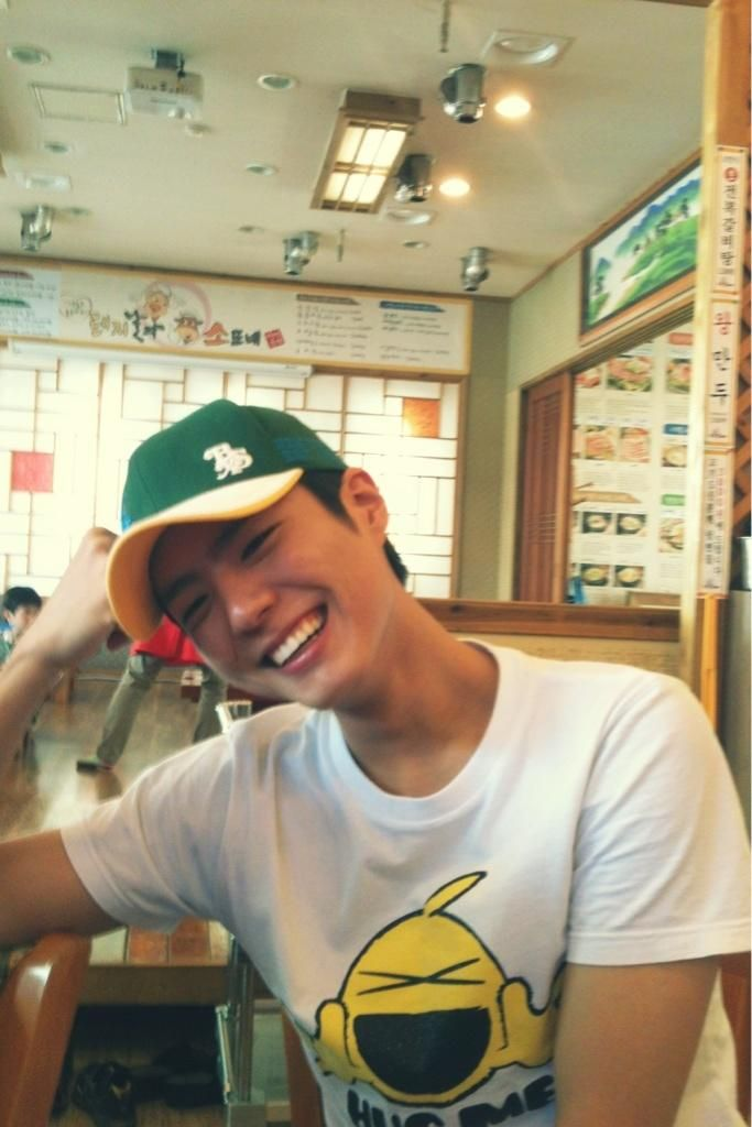 can't get enough of his smile!!! #parkbogum #bogummy