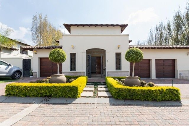 4 Bedroom House For Sale in Bryanston | Meridian Realty