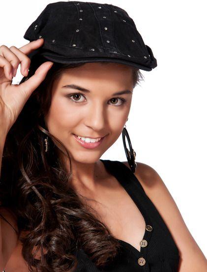 Καπέλο Σκάρλετ - Κομψό καπέλο, είναι από τζιν ύφασμα και είναι διακοσμημένο με πετρούλες. 6.99€ #kapelo @Sherry Searles