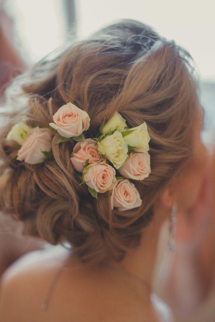 Adoptez les fleurs jusque dans vos cheveux