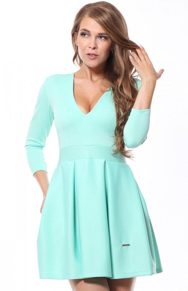 Lemoniade Viki sukienka miętowa Niezwykle kobieca a zarazem seksowna sukienka