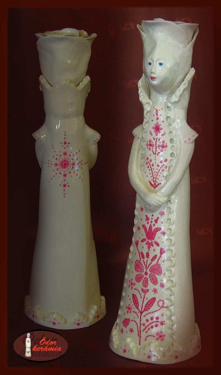 Hungarian folk motives ceramics  - Festett, mázazott rózsafejű kerámia szobor - Ódor kerámia