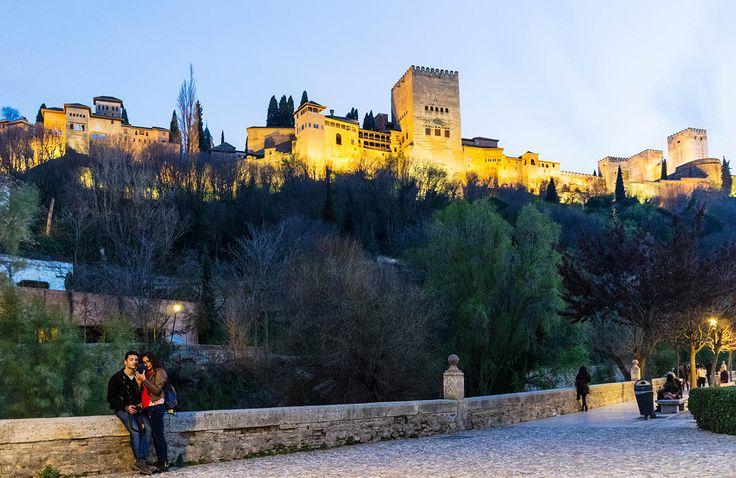Paseo de los Tristes (Granada) - Las calles más bonitas del mundo