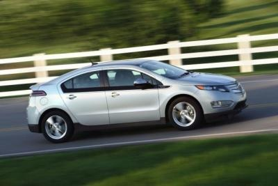 GM reported a 10 percent increase in total sales during the month of August compared to a year ago. Buried somewhat unceremoniously in the press release was a new Volt sales record of 2,831 units, beating the previous high of 2,289 set back in March.Chevrolet Volt, Green Cars, Cars News, European Cars, Volt Sales