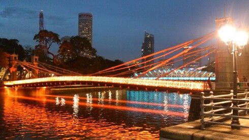 #CAVENAGH BRIDGE, SINGAPORE