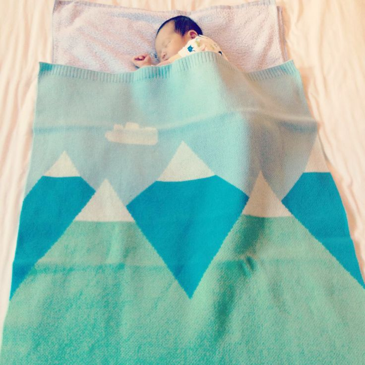 baby blanket with mountains