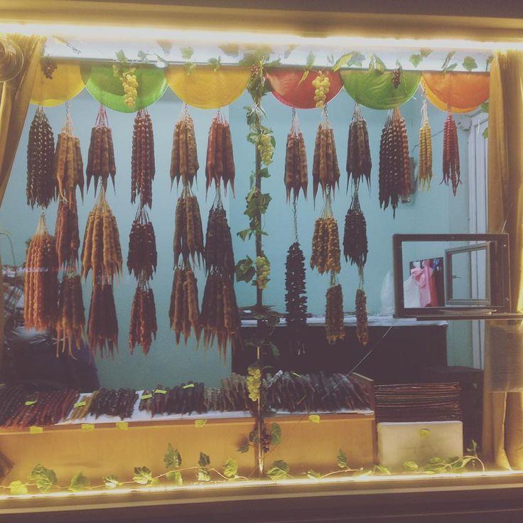 Przymaki Gruzji ��#georgia #trip #city #tibilisi #kutaisi #georgianfood #instafood #foodporn #instaphoto #instatraveling #instatime #instalove #instapicture #instanature #gruzja #travellover #travel #travelphotography #trip #food #candy #polishgirl #polishgirlingeorgia http://tipsrazzi.com/ipost/1507074843522035954/?code=BTqNJXaDvDy