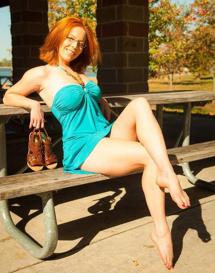 Sieht ein madiso nude redhead another celeb