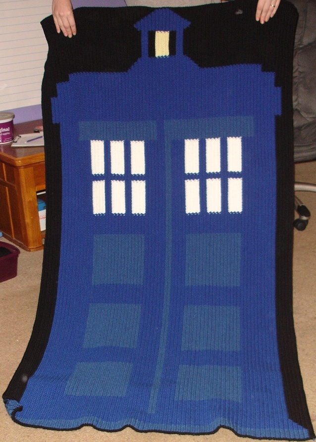 Tardis Blanket Knitting Pattern : 1000+ images about Sci-fi crochet and knitting on Pinterest Dr who, Ravelry...