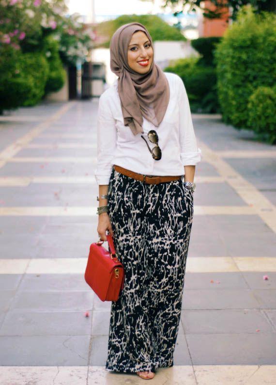 white shirt with maxi skirt, Modest street hijab fashion http://www.justtrendygirls.com/modest-street-hijab-fashion/
