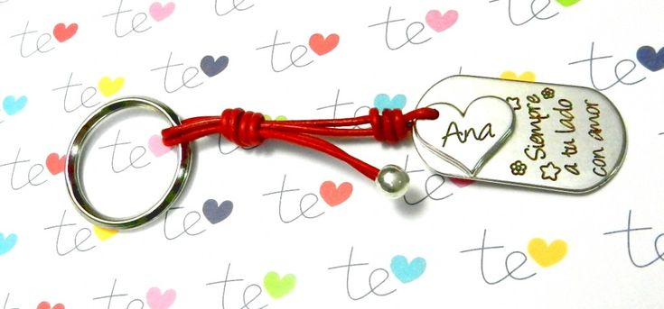 Llaveros personalizados con mucho amor para San Valentin