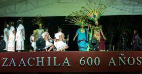 """Con la representación de """"Las Bodas de Cosijoeza"""", culminan con éxito la Fiestas del Lunes del Cerro en Zaachila"""