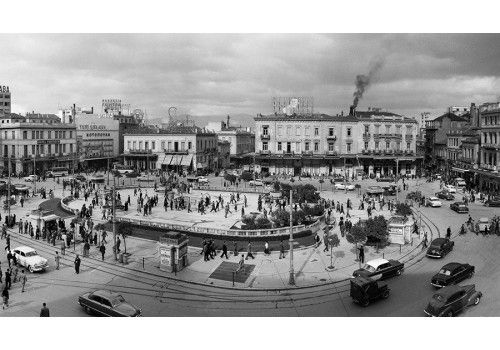 Dimitris Harissiadis, Omonia square, Athens 1955
