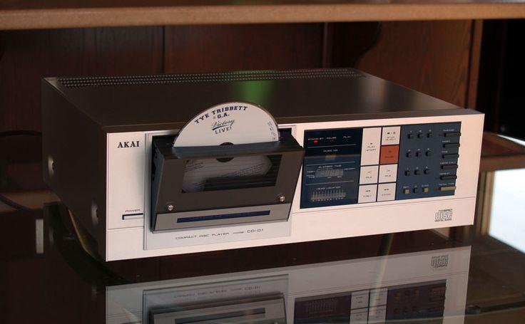 Vintage Audio Love Akai CD-D1 compact disc player  https://www.pinterest.com/0bvuc9ca1gm03at/