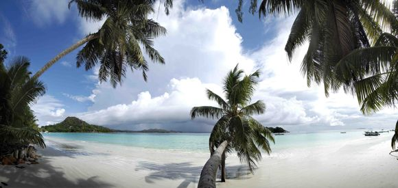 Berjaya-Praslin-Resort-Resort-Aerial-Beach-Against Press Tours www.presstours.it