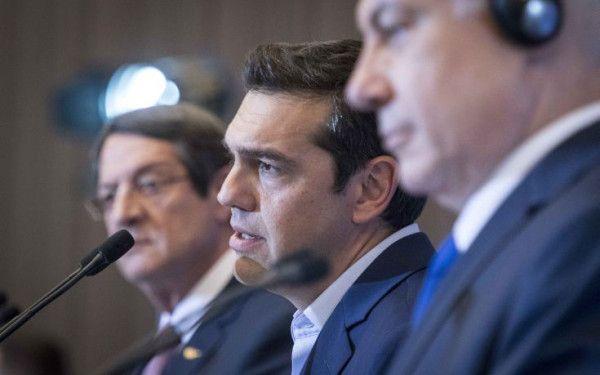 «Στο τέλος κερδίζουν οι καλοί» είναι το μήνυμα που έστειλε ο πρωθυπουργός Αλέξης Τσίπρας, απαντώντας σε ερώτηση του Αθηναϊκού Πρακτορείου Ειδήσεων για το ελληνικό ζήτημα και τη συνεδρίαση του Eurog…