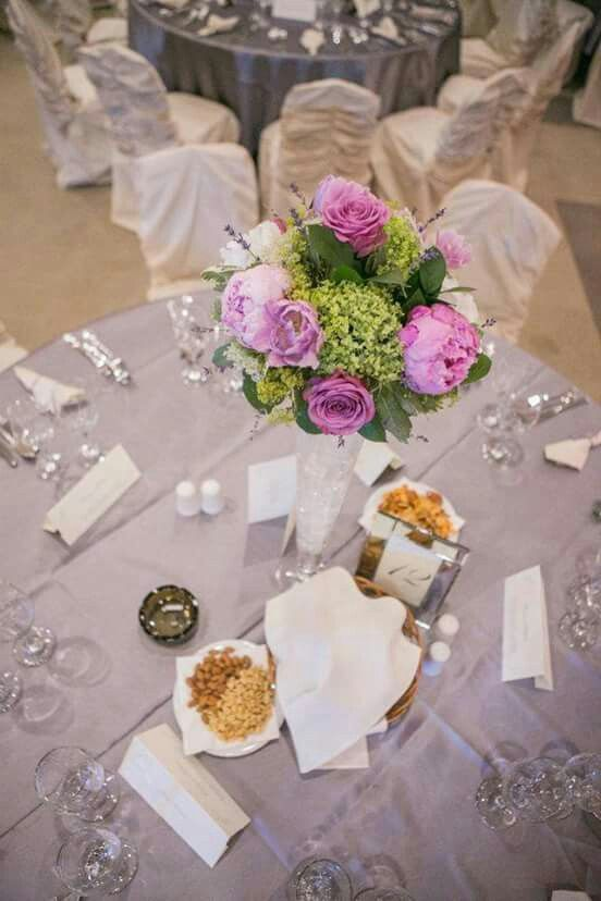 @wedding table arrangement