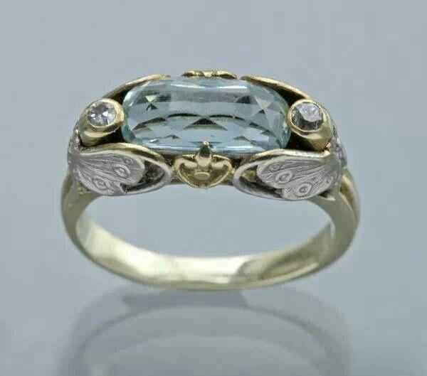 "Art Nouveau ""Butterfly"" Ring ca.1900"