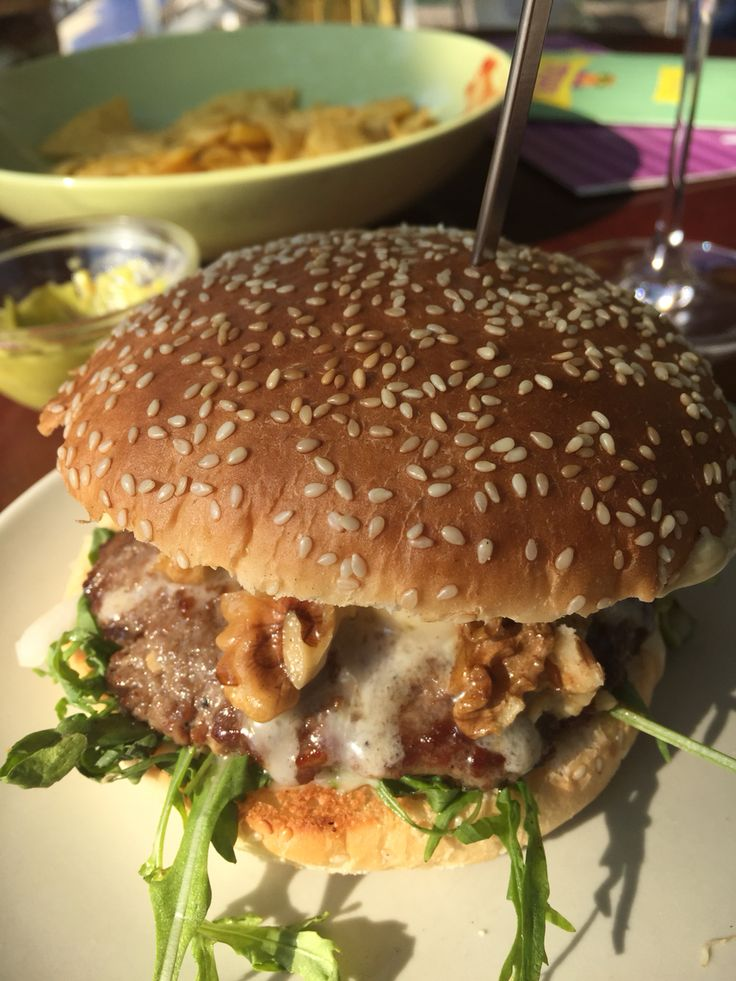 Biological blue cheese burger by Blondies, Bochum, Germany