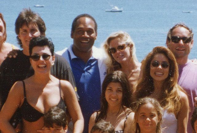 How O J And Nicole Brown S Friends Coped With Murder In