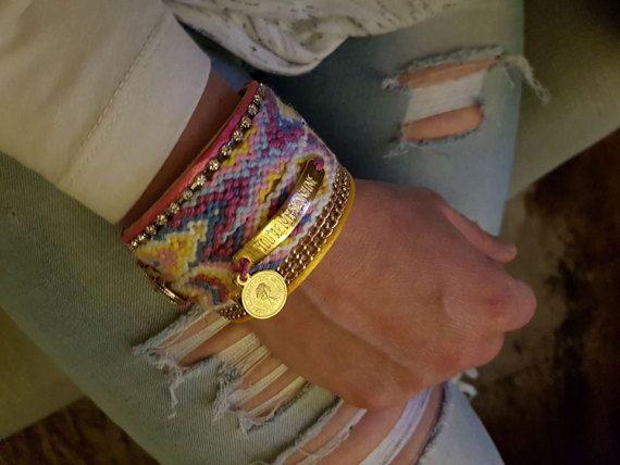 Bekijk dit items in mijn Etsy shop https://www.etsy.com/nl/listing/499460862/vriendschap-armband-zigeuner-armband