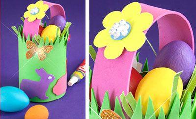 Cestini portauova di Pasqua realizzati con rotoli di carta igienica.