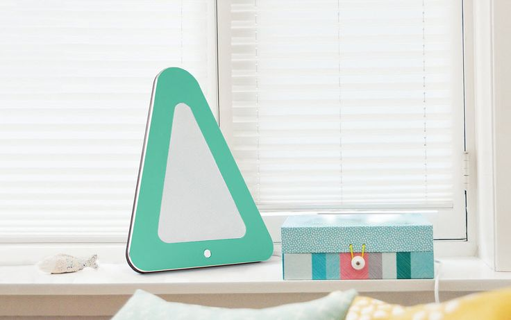 Turquoise is one of the most popular color plate for the Triangle speaker so far!