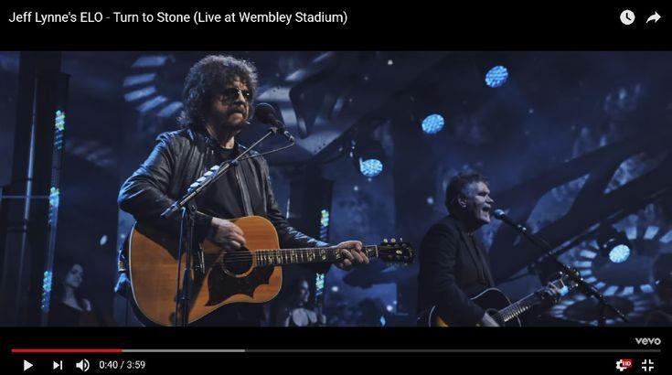 Electric Light Orchestra представила лайв-видео на песню Turn To Stone - http://rockcult.ru/news/electric-light-orchestra-share-video-turn-to/
