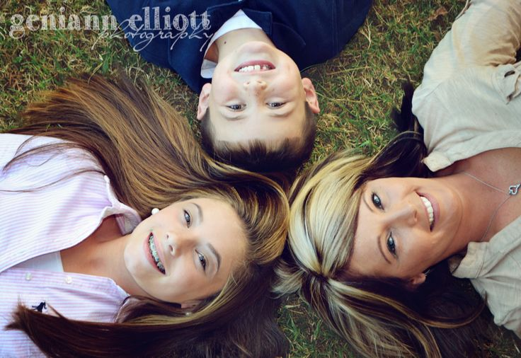 family of three, little family photo, older children pictures, kids, mom, family photography, laughter www.facebook.com/geniannelliottphotography