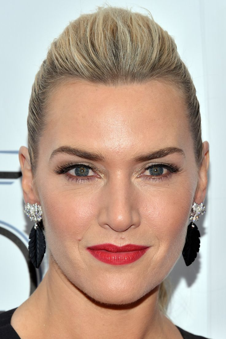 "Lookspotting: Kate Winslet al New York Film Festival e Lily Collins al party ""Mademoiselle Privé"" di Chanel!"
