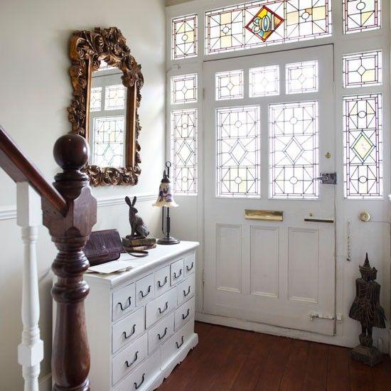 Easy Tricks To A Light Bright Hallway by Jen Stanbrook | The Oak Furntiure Land Blog