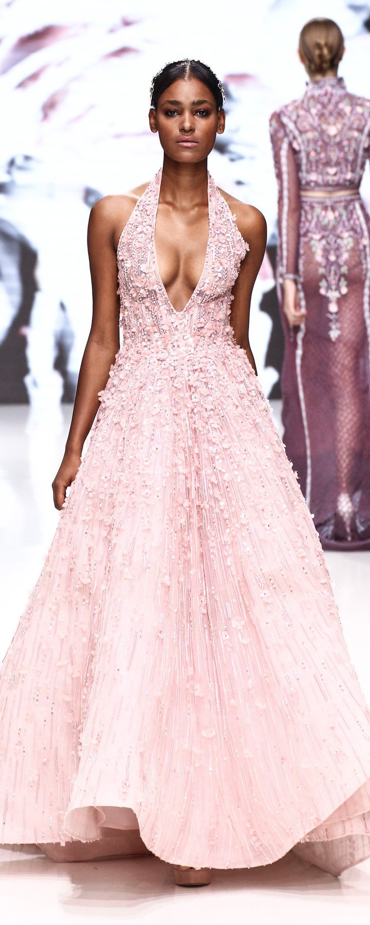 Pink snowflakes 19 pink Haute Couture gowns this Winter - Couture - http://www.orientpalms.com/Pink-snowflakes