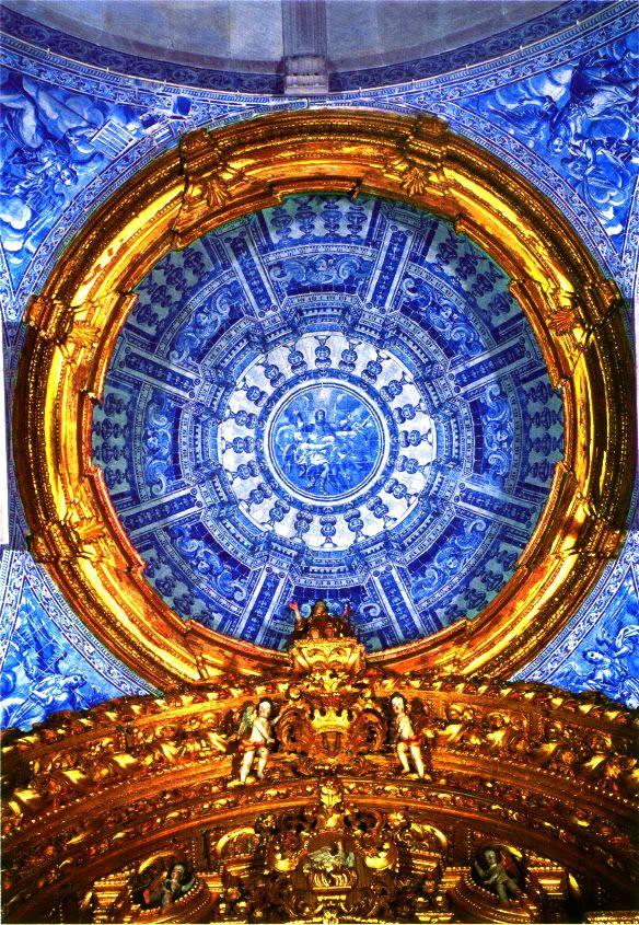 The dome of the church de S. Lourenço, Almancil, Portugal