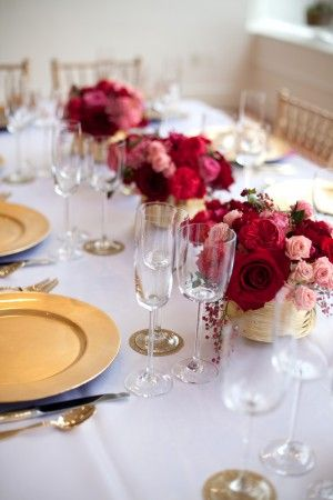 Gold plates are so cute combined with delicate glassware and marsala colored bouquets.