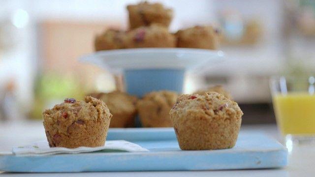 Muffins orange et canneberge | Cuisine futée, parents pressés (Passer au robot une orange complète avec la peau avec un peu d'eau au lieu de jus d'orange)