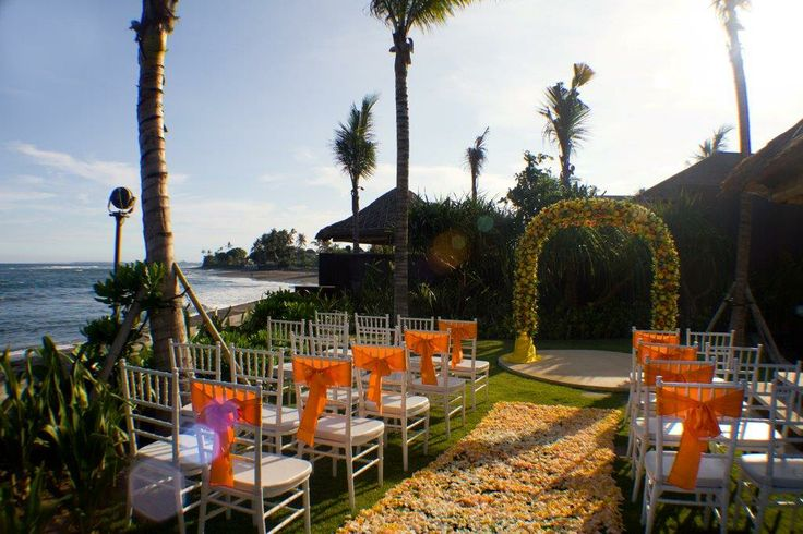 Wonderful wedding venue at Puri Awani, 4 bedroom villa at Anapuri Villas.  www.anapurivillas.com