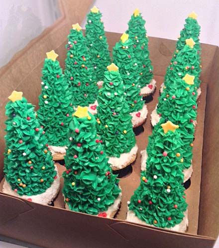 Christmas Trees Cupcakes | Little Delights Cakes