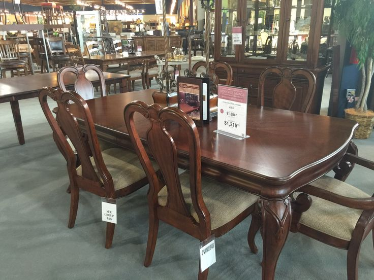 Kittles Set 5 Dining Table