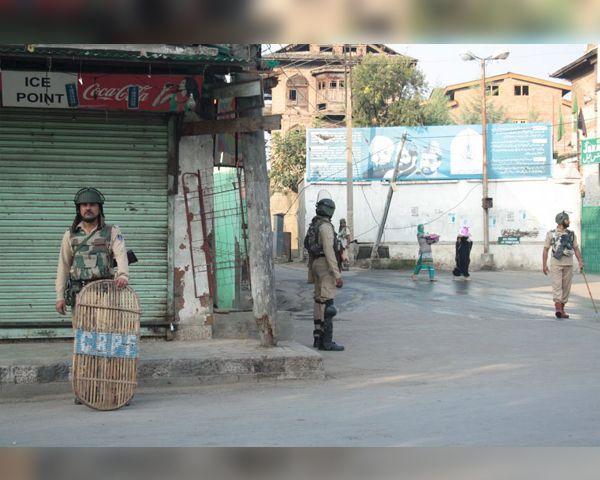 India Pakistan News: India Turns UN Against 'Terrorist State' Pakistan - http://www.morningledger.com/india-pakistan-news-india-turns-un-against-terrorist-state-pakistan/13110799/