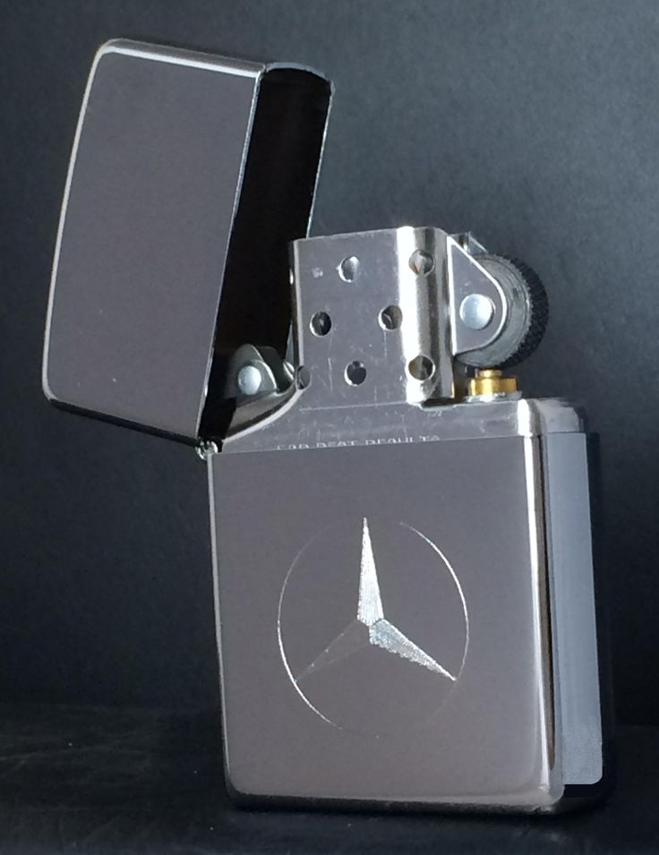 Zippo High Polish Chrome Lighter Mercedes Logo