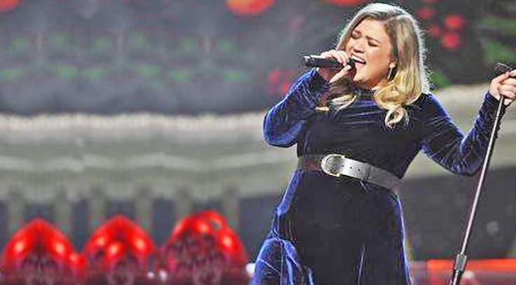Country Music Lyrics - Quotes - Songs Trisha yearwood - Kelly Clarkson's Performance Of These Two Christmas Classics Will Take Your Breath Away! - Youtube Music Videos http://countryrebel.com/blogs/videos/kelly-clarksons-performance-of-these-two-classics-will-take-your-breath-away