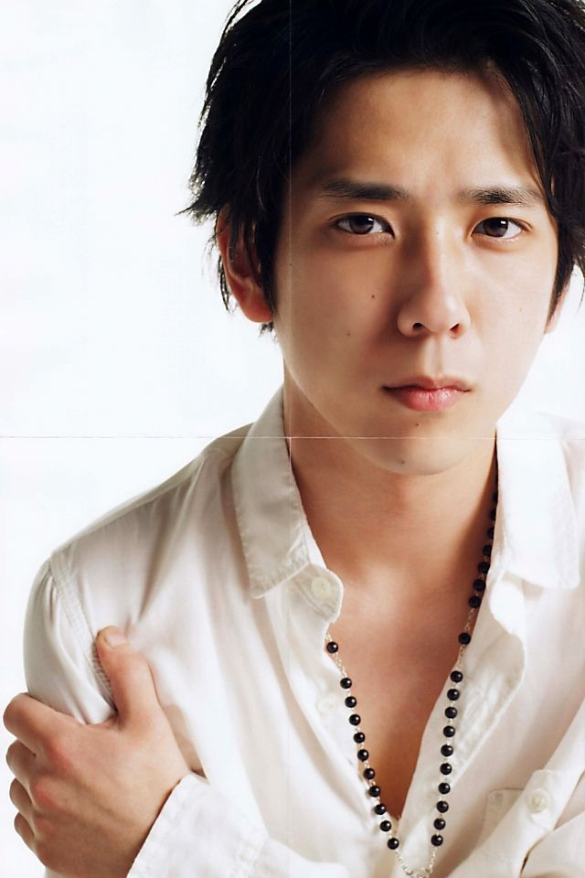 Ninomiya Kazunari.. I just want to give him a hug, he looks so sad :(