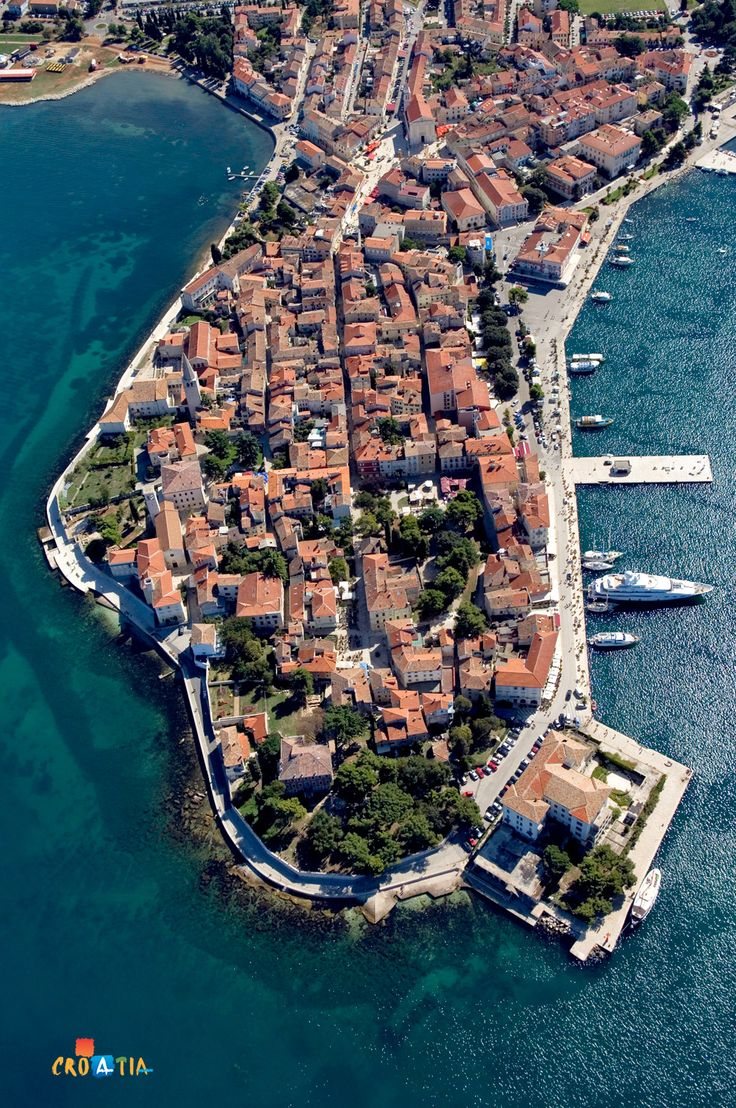 Poreč is a town located in the heart of the western coast of Istria. A town of culture, tourism, sport and leisure, where the aromas and colours of past times form a mosaic of unforgettable experiences.