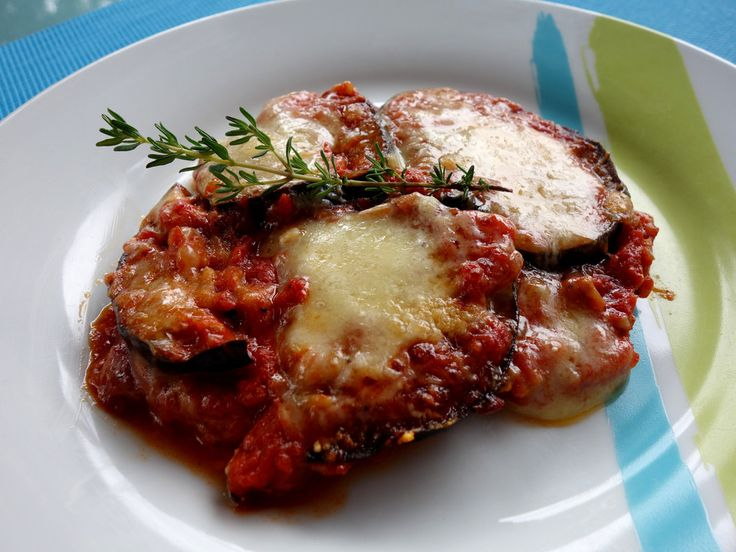 Parmigiana di Melanzane, ein sehr schönes Rezept aus der Kategorie Gemüse. Bewertungen: 301. Durchschnitt: Ø 4,5.