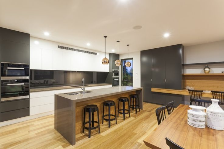 Contemporary Kitchen - Matte Grey with Acrylic White and Grey Quartz Counter Top